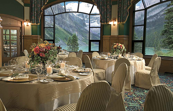 fairmont-chateau-lake-louise-canada-restaurant