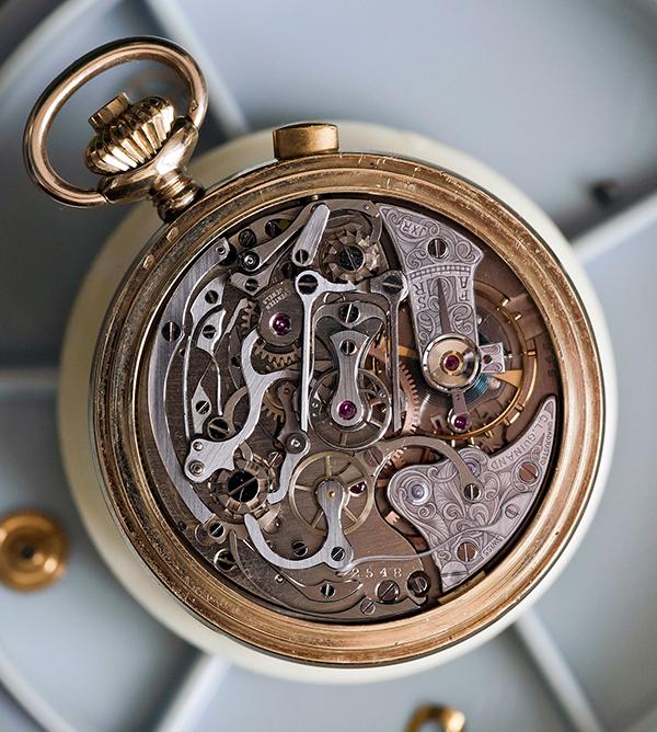 Molnar-Fabry-White-Lotus-Rattrapante-Chronograph-8