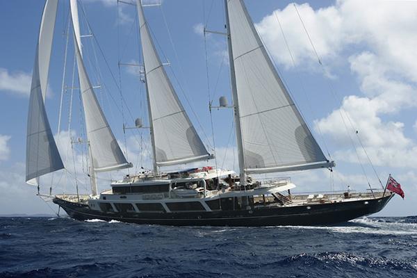 Yacht EOS