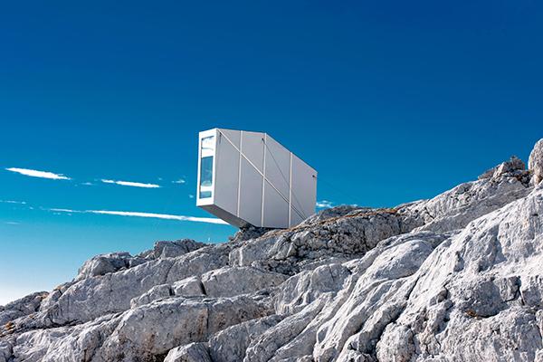alpine-shelter-ofis-architecture-slovenia_dezeen_2364_col_2