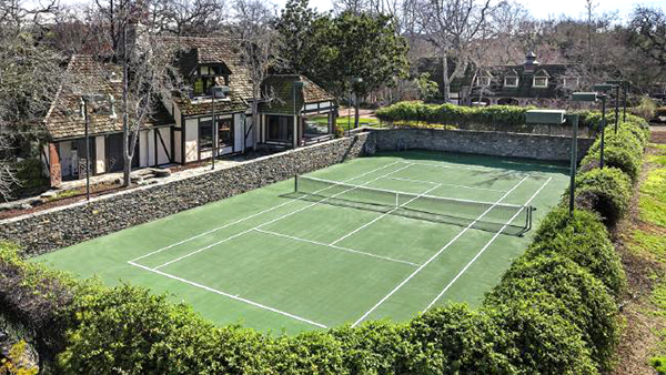 tenis at neverland