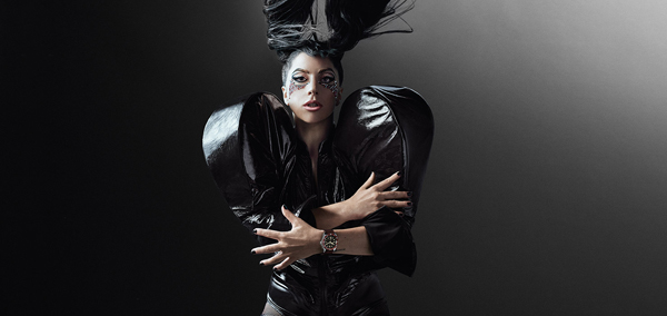 "Lady Gaga imagen de Tudor: ""Born to Dare, Dare to Succeed"""