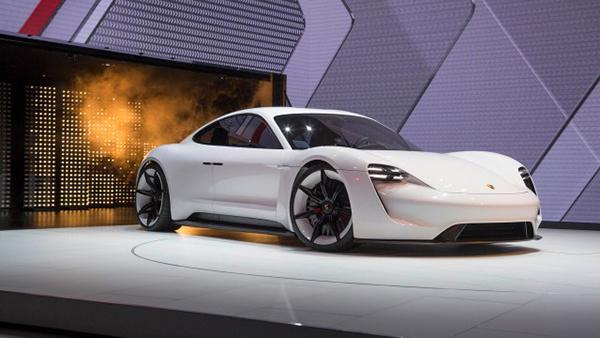 El Prototipo Porsche Mission E