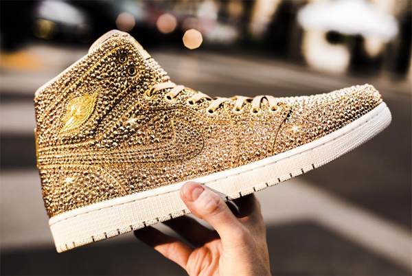 "Nike Air Jordan Swarovski 1s ""Golds"" Edición Limitada de Daniel Jacob"