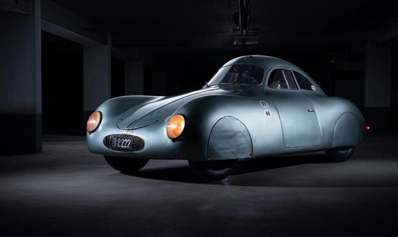 Sale a subasta el primer Porsche de la historia
